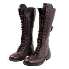 Las botas son más que una pieza de vestuario: son tus compañeras de viaje. Trátalas bien.
